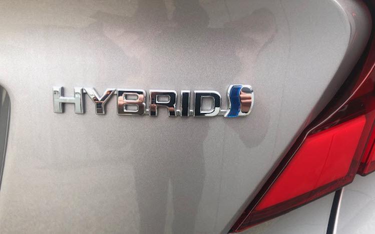 Toyota C-HR. 2.0 Hybrid behandlet hos Bilpleje Hadsten