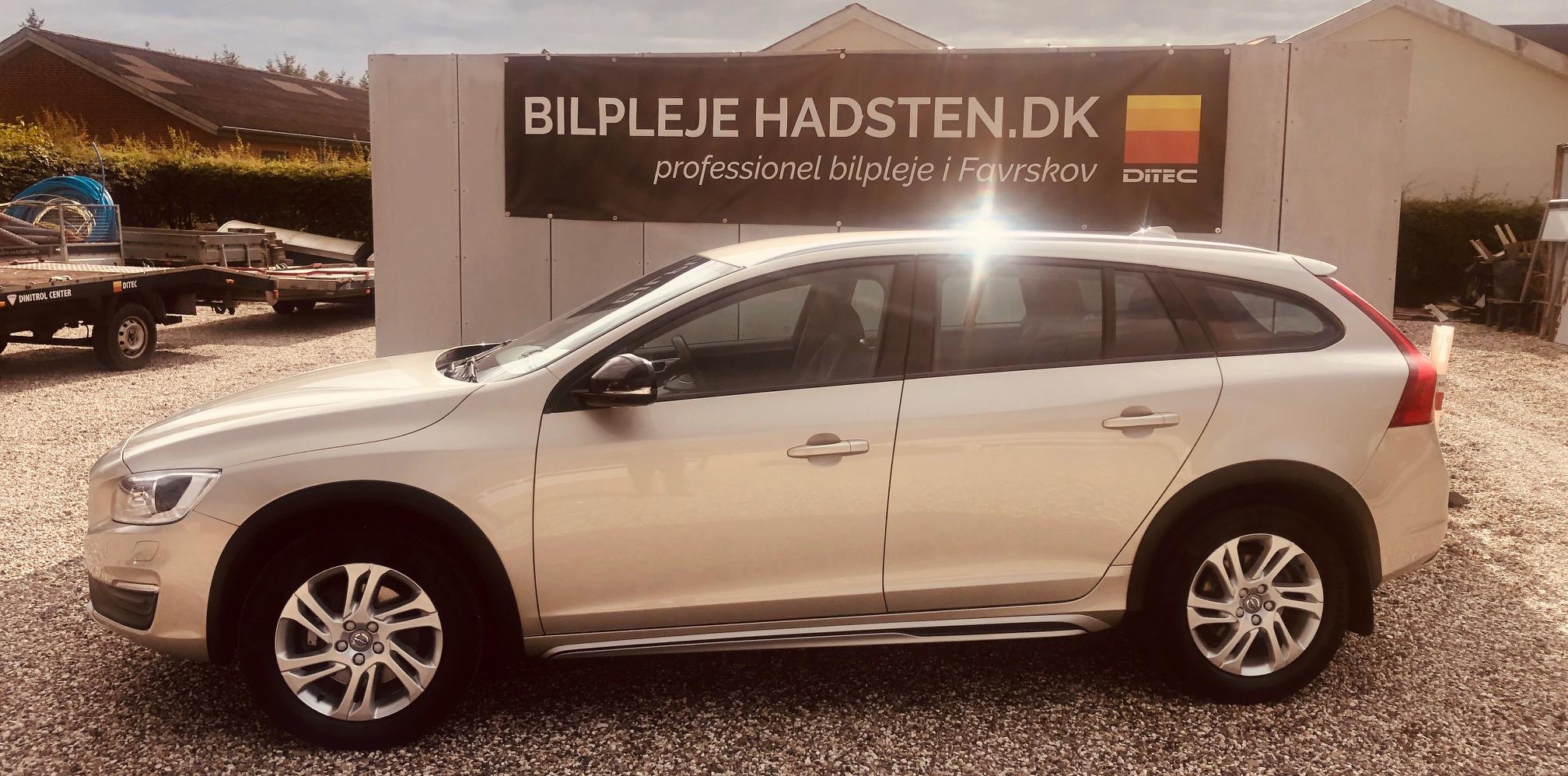 Volvo V60 Cross Country Ditec Ceramic Ultra behandlet hos Bilpleje Hadsten